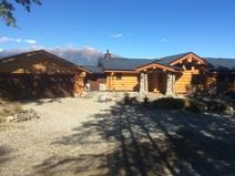 BoligBytte til/Canada/Wardner/Custom made log home