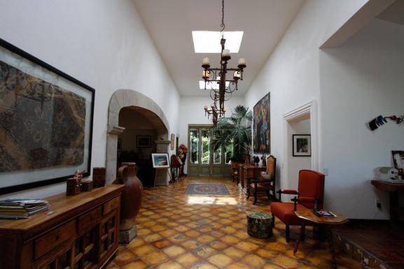 BoligBytte til,Mexico,Ajijic,Front Door and Grand Hallway