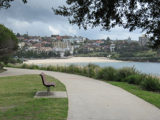Home exchange in,Australia,South Coogee,Walkway approaching Coogee Beach.