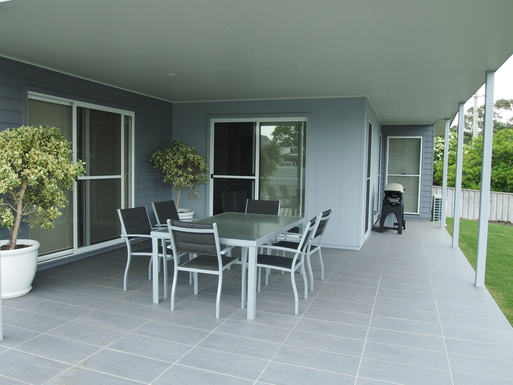 Home exchange in,Australia,STOCKTON,Large outdoor area with Weber BBQ is undercover
