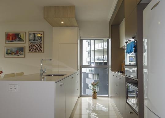 Home exchange in,Australia,KELVIN GROVE,Kitchen