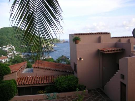 BoligBytte til,Mexico,Manzanillo,Back view of Casa Maya
