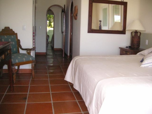 BoligBytte til,Mexico,Manzanillo,Master bedroom of Casa Amanecer
