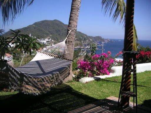 BoligBytte til,Mexico,Manzanillo,Hammock off master bedroom patio