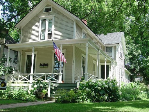 Home exchange in United States,Oak Park, IL,1865 Farmhouse 9m from Chicago, It llinois,Home Exchange & Home Swap Listing Image