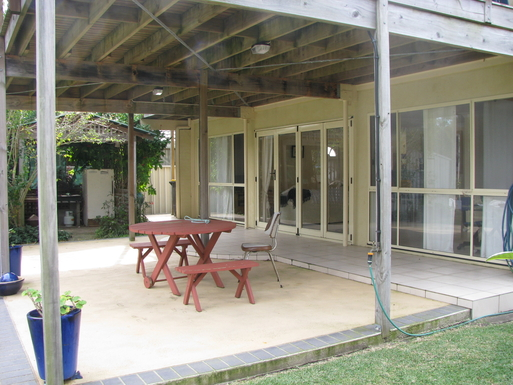 Home exchange in,Australia,SUSSEX INLET,Rear patio BBQ area on LHS