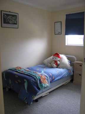 Home exchange in,Australia,SUSSEX INLET,Bedroom 3 with two single beds