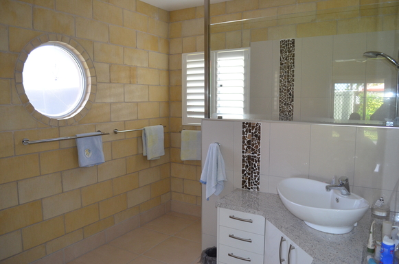 Home exchange in,Australia,ARMSTRONG BEACH,Ensuite & walk-in robe