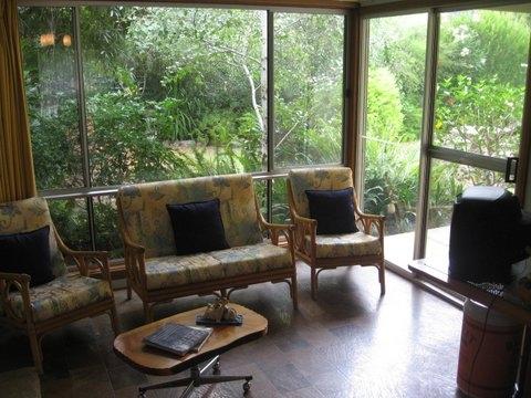 Home exchange in,Australia,CARRICKALINGA,The sunroom & back garden