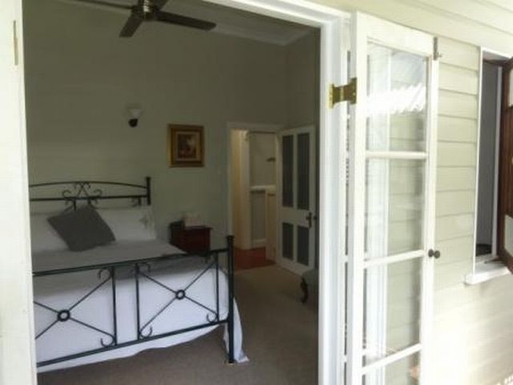 Home exchange in,Australia,WINDSOR,Private balcony into master bedroom