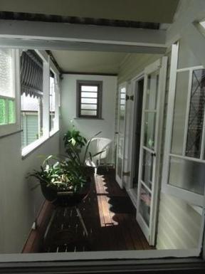 Home exchange in,Australia,WINDSOR,Private balcony to master bedroom