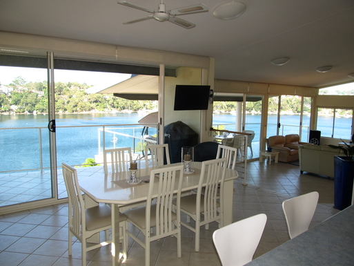 Home exchange in,Australia,GYMEA BAY,VIEW FROM KITCHEN THROUGH DINING AREA AND LOUNGE