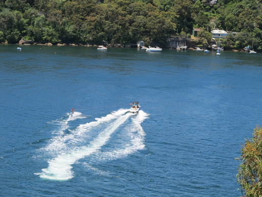 Home exchange in,Australia,GYMEA BAY,WATER SKIERS LOVE GYMEA BAY'S DEEP WATER