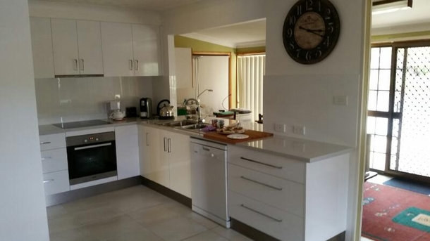 Home exchange in,Australia,Currumbin Waters, Gold Coast,Our brand new kitchen complete with dishwasher and