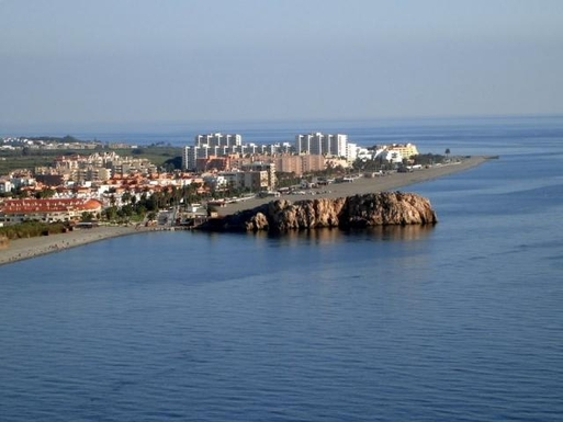 Panoramica del Peñón Salobreña, playa La Caleta a