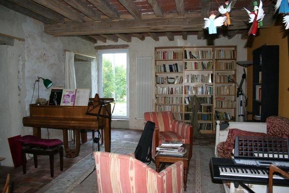 BoligBytte til,France,sougères en puisaye,salon de musique