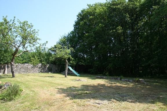 BoligBytte til,France,sougères en puisaye,jardin