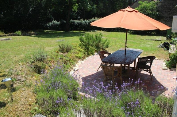 BoligBytte til,France,sougères en puisaye,terrasse jardin