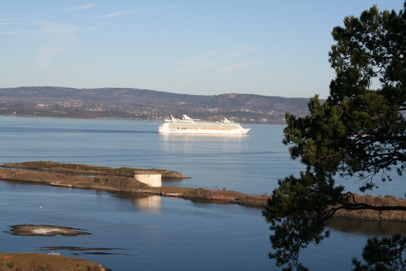 BoligBytte til,Norway,Oslo, 20k, S,During summer cruiseships are passing regularly.