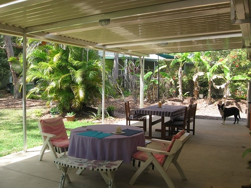 Home exchange in,Australia,COOROIBAH,You can enjoy your meals on the nice size terrace.