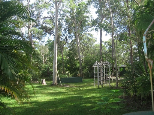 Home exchange in,Australia,COOROIBAH,Part of our garden