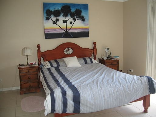 Home exchange in,Australia,COOROIBAH,Main bedroom