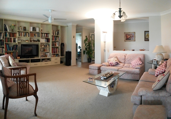 Home exchange in,Australia,HOPE ISLAND,Living room