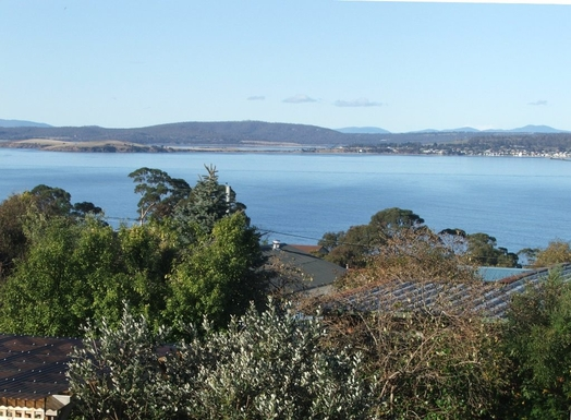 Home exchange in,Australia,BLACKMANS BAY,View of the River Derwent from the family room