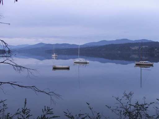 Home exchange in,Australia,BLACKMANS BAY,Huon River near home