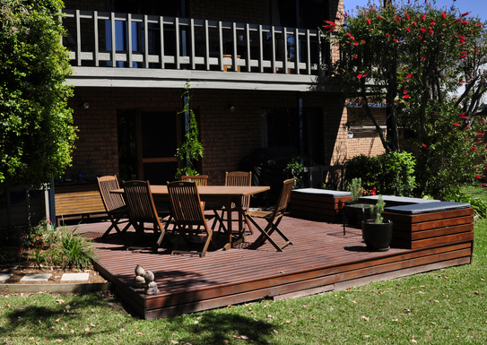 Home exchange in,Australia,SAPPHIRE BEACH,Back deck and bar-be que