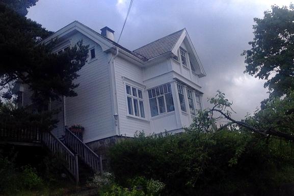 BoligBytte til,Norway,Oslo,Huset en litt skummel junikveld