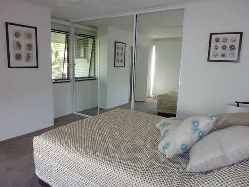 Home exchange in,Australia,Noosaville,Main bedroom