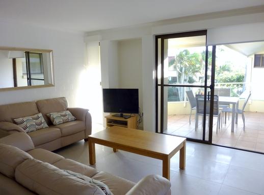 Home exchange in,Australia,Noosaville,Living room
