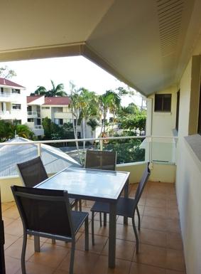 Home exchange in,Australia,Noosaville,Front verandah