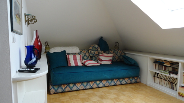Home exchange in,Austria,Salzburg,Guest pull-out couch upstairs