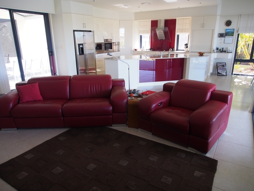 Home exchange in,Australia,Banksia Beach, Bribie Island,Electric reclining leather lounges in living area