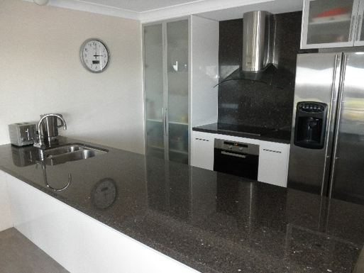 Home exchange in,Australia,Kingscliff,Designer Kitchen - Granite / Miele