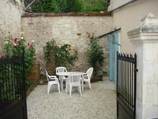 BoligBytte til,France,Palluau sur Indre,Cour