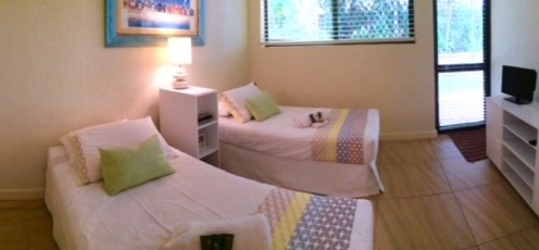 Home exchange in,Australia,Noosa Heads,Sunshine Coast,Bed 2, 2 singles or king, your choice.  TV.
