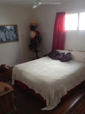 Home exchange in,Australia,MERMAID BEACH,Upstairs bedroom