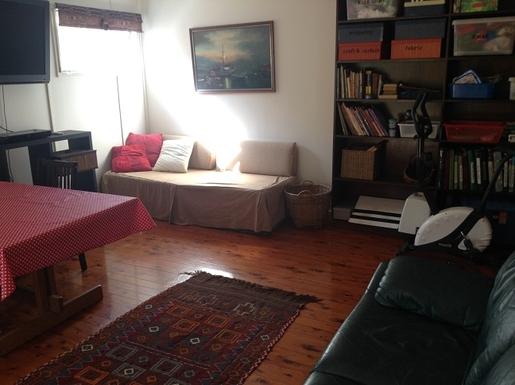 Home exchange in,Australia,MERMAID BEACH,Downstairs playroom leading to garden