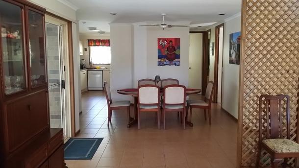 Home exchange in,Australia,PARKWOOD,Dinning room