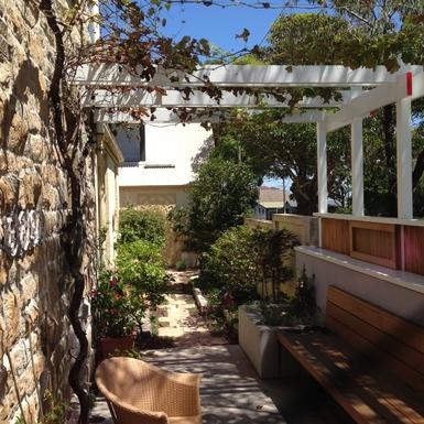 Home exchange in,Australia,Randwick,Terrace outside kitchen