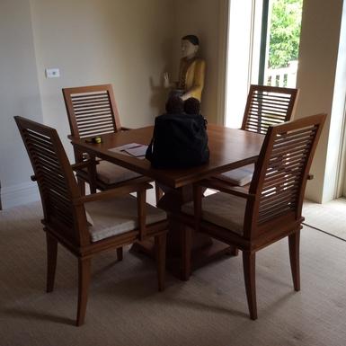 Home exchange in,Australia,Kirribilli,Dining Area