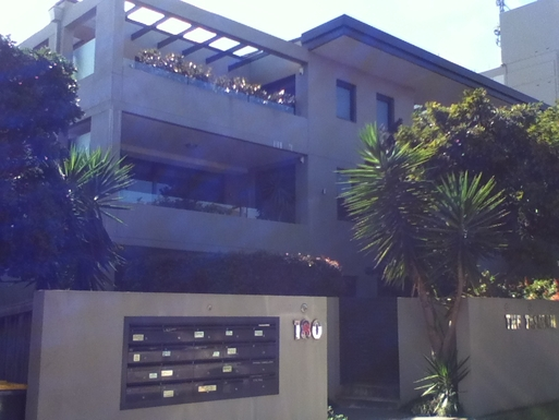 Home exchange in,Australia,DEE WHY,Front entrance