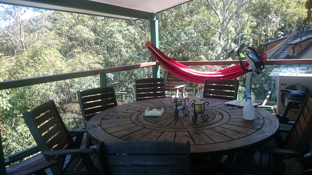 Home exchange in,Australia,Burleigh Heads,12 seater table on large deck, BBQ, hammock