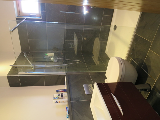 BoligBytte til,United Kingdom,Edinburgh, 30m, SE,En-suite bathroom master bedroom