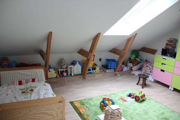 BoligBytte til,Sweden,Hägersten,Our youngest daughter's bedroom, directly under th