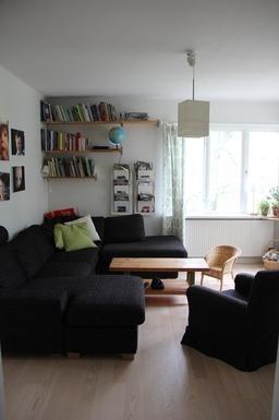 BoligBytte til,Sweden,Hägersten,Our luminous living room, space for many in the co
