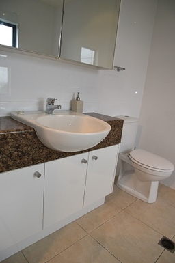 Home exchange in,Australia,Coolum Beach,Master bedroom ensuite